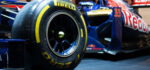 Pirelli-P-Zero-slicks-Autorai-2015