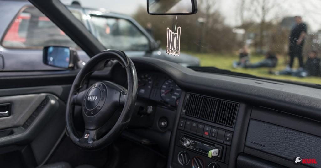 audi-80-cabrio-interior