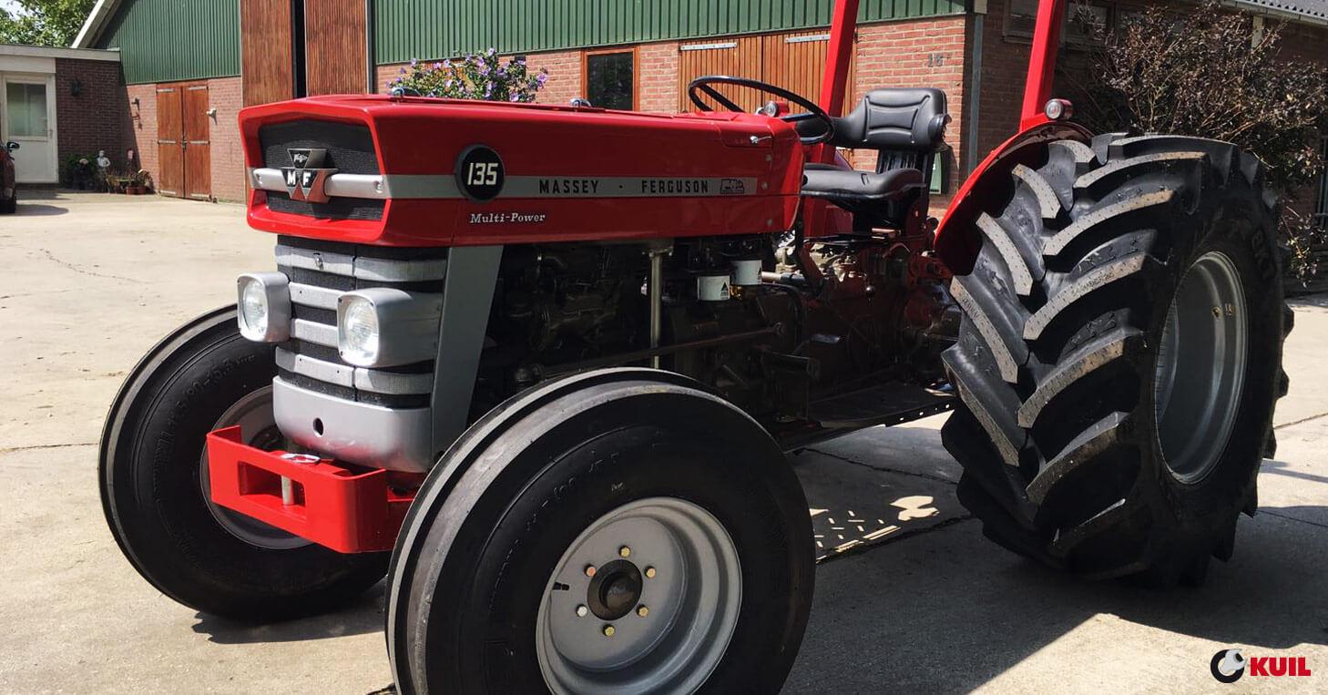 1964 Massey Ferguson 135 : Massey ferguson tractorbanden en wielen kuil banden